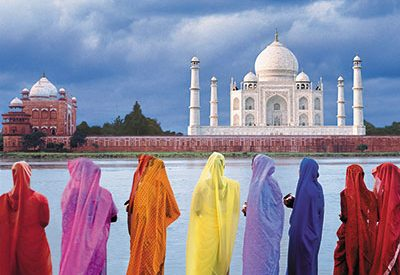 India receives less than 1% of world's tourists annually