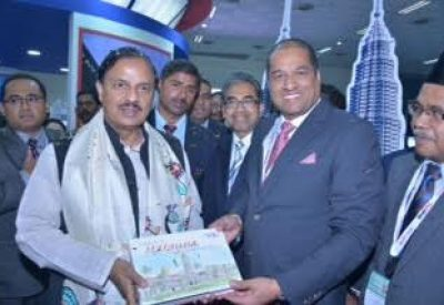 Tourism Minister of India inaugurates Tourism Malaysia Booth at SATTE 2016