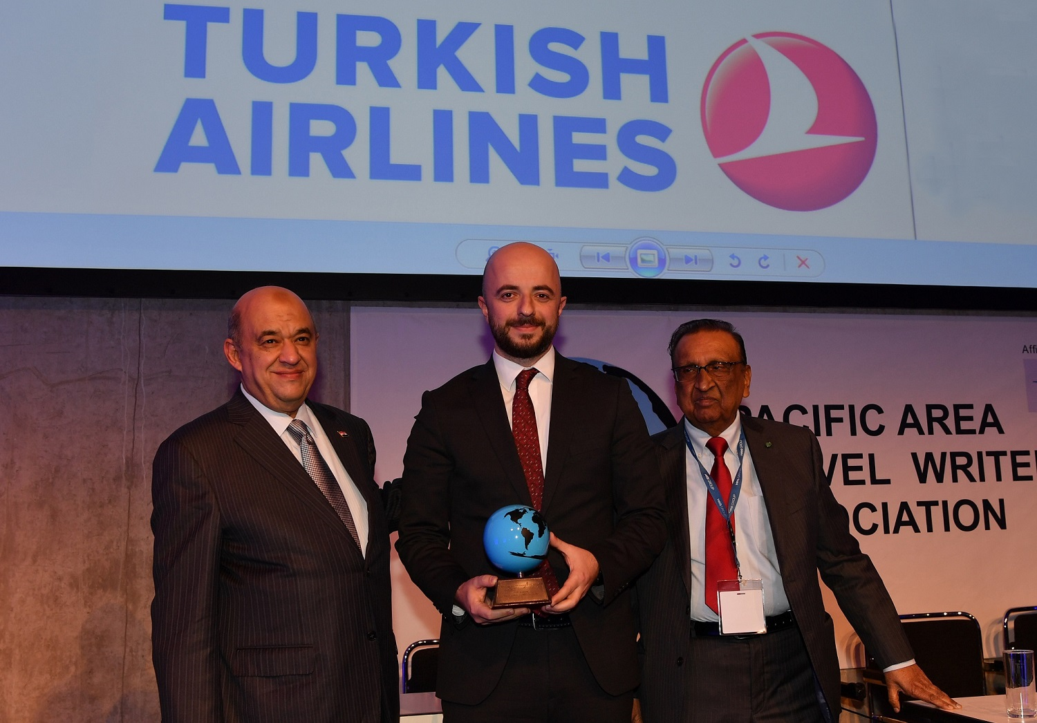 """Turkish Airlines has won PATWA International Award for """"Best  Airline – Best Inflight Catering"""" category at ITB Berlin 2017."""