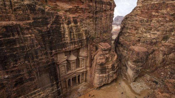 A Destination Wedding in Jordan will get you a Luxury Honeymoon of 7 Nights sponsored by Jordan Tourism Board!