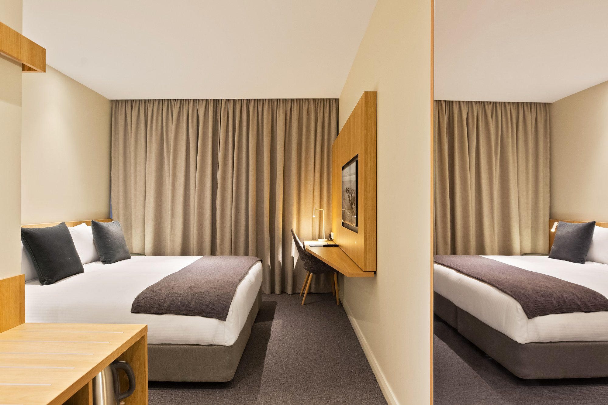 Mantra Hotel at Sydney airport 3
